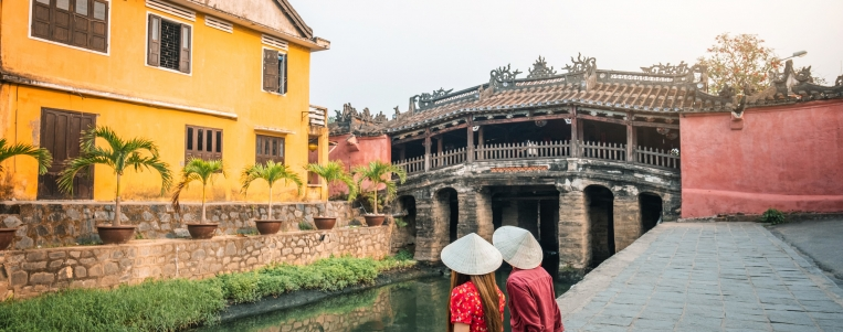 Hue – Imperial city with canned cultural calues