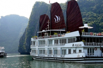 Cruise on Halong bay with Pelican Junk