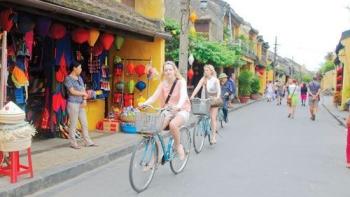 Biking adventure along Vietnam